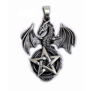Drake med Pentagram Hänge i Silver