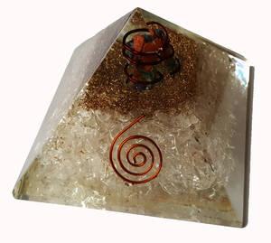 Organite Pyramid - Bergkristall och Stenmix
