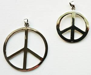 Fredsmärke  hänge i Silver
