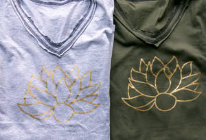 V neck Armlös T-shirt  - Lotus