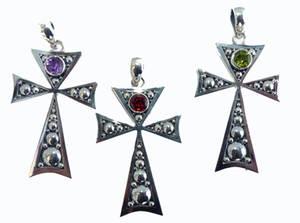 Silver Kors med Sten