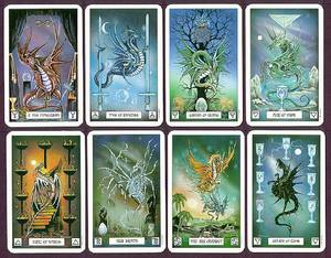 Dragon Tarot Deck / Book Set - Pracownik